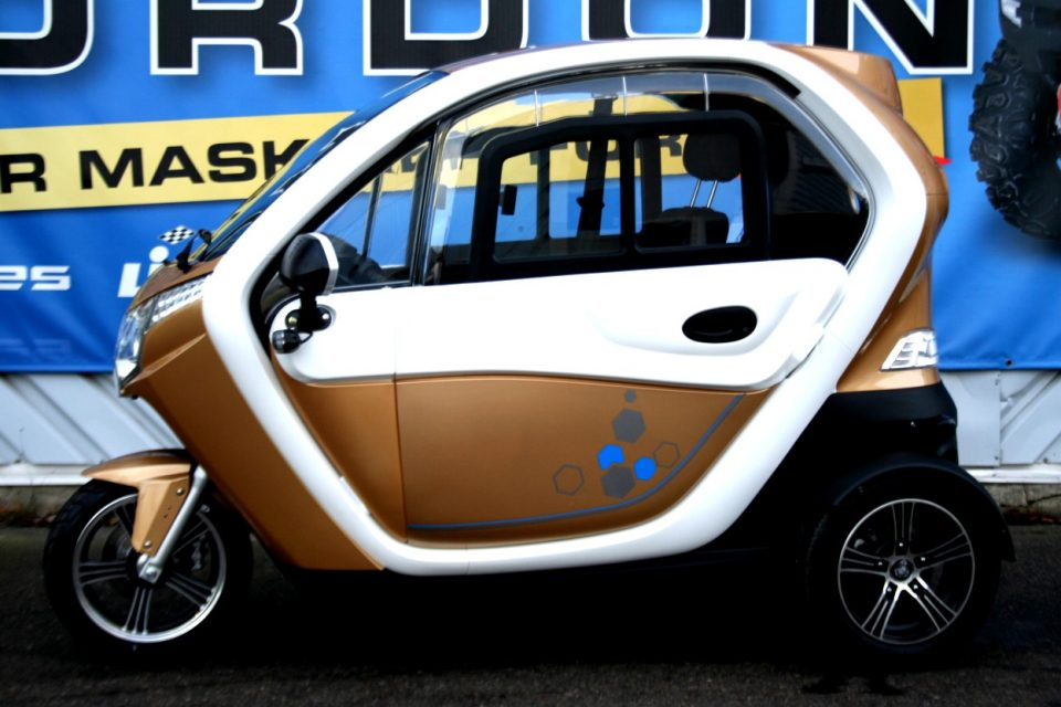 Elektrisk Mopedbil Titan Zero R2