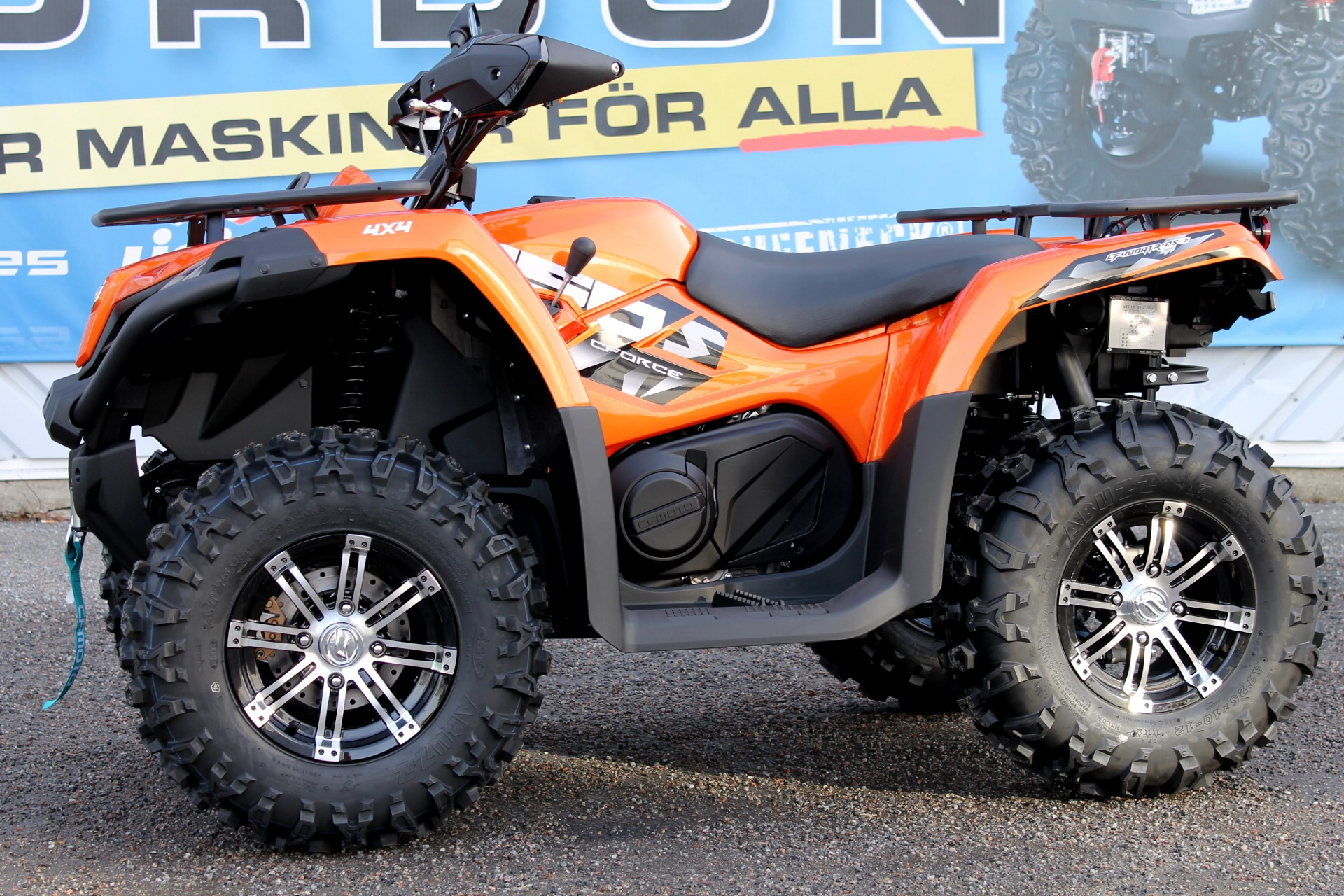 CF MOTO C FORCE 450 EFi 4X4 Vägregistrerad