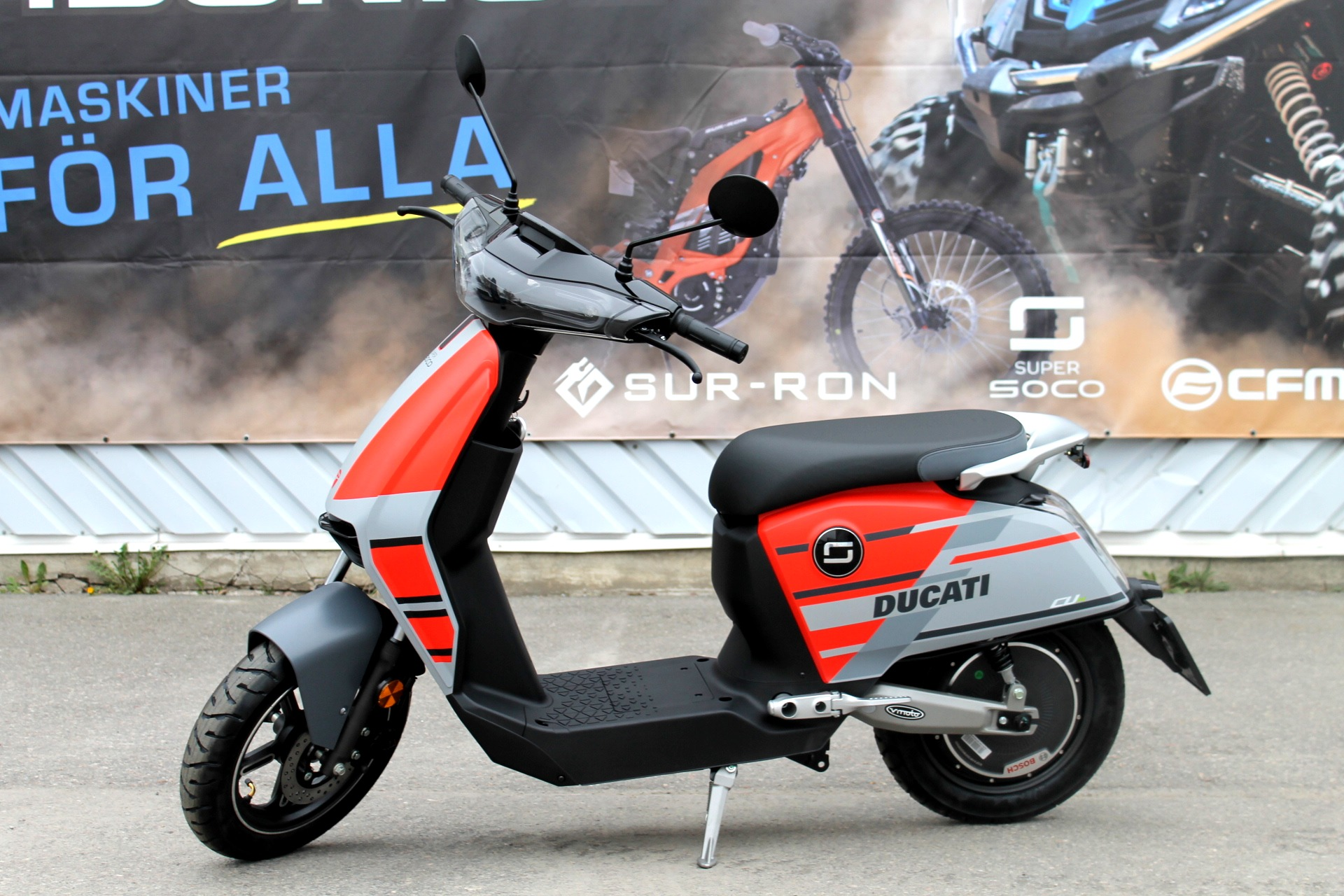 El Moped Super Soco CUx Ducati EDT